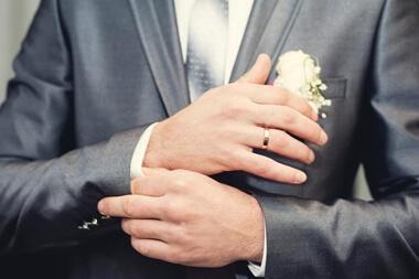 結婚式のスーツのマナー