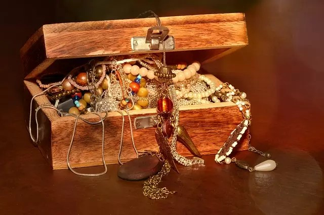 treasure chest, chest, jewellery
