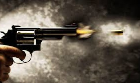 شرطي يطلق رصاصتين بأكادير لشل حركة مدجج بسيف