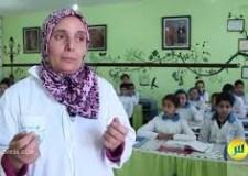 """بالفيديو: السعدية كرومي…أستاذة """"فتحات الشهية"""" للتلاميذ للدراسة"""