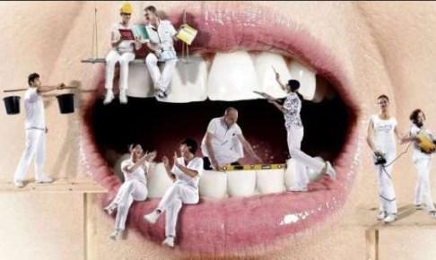 أطباء الأسنان يحتجون على المتطفلين