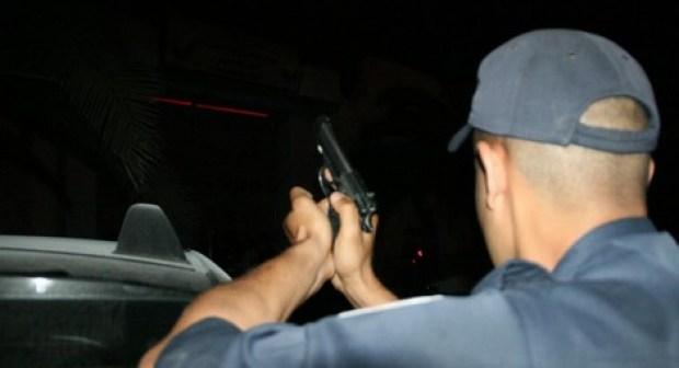 """تيزنيت:  الأمن يطلق الرصاص في الهواء لتوقيف """"بزناز"""""""