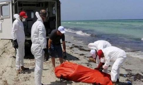 بحر أكلو يلفظ جثة أخرى من غرقى قارب أنزا