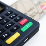 新しいクレジットカードで読み取り良好ショッピングライフ