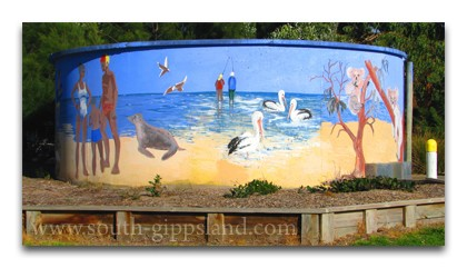 creative artistry on a water tank at Venus Bay