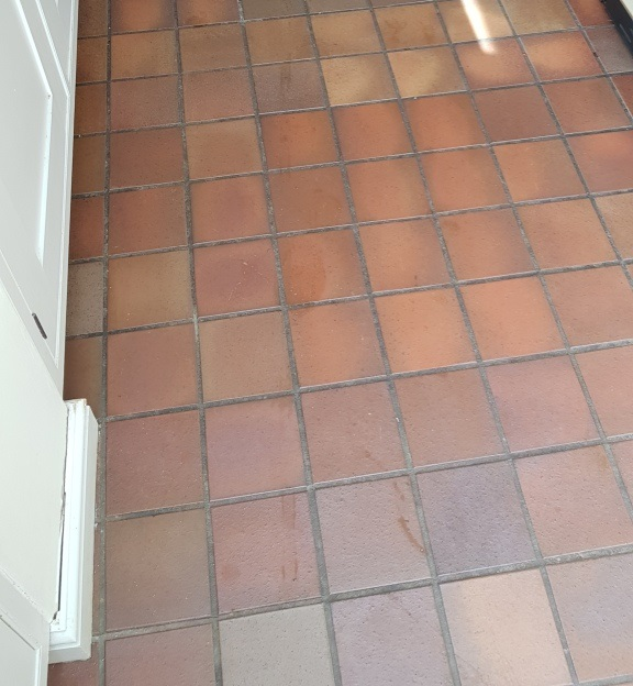 deep cleaning kitchen quarry tile and