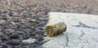 Supermarket robbery, 2 police officers wounded, Rustenburg