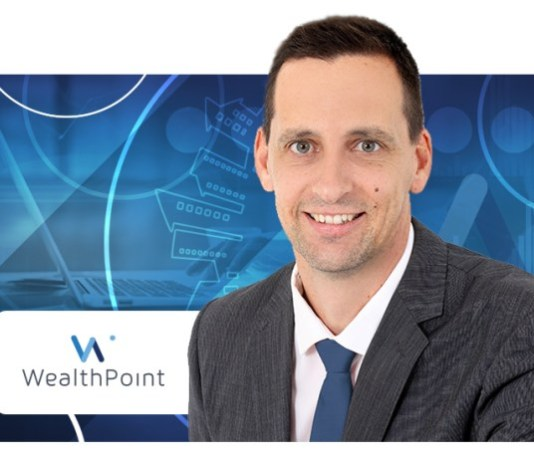 Head of Product and ChiefProductOfficerof WealthPoint, Linden Booth