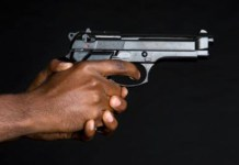 Farm attack, armed attackers assault couple, raid home, Swartruggens