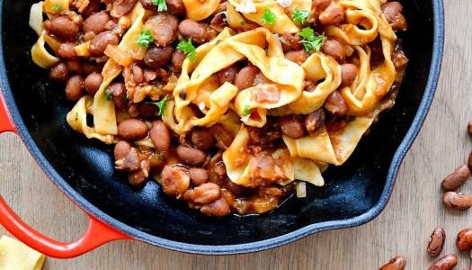Italiaanse pasta met borlottibonen