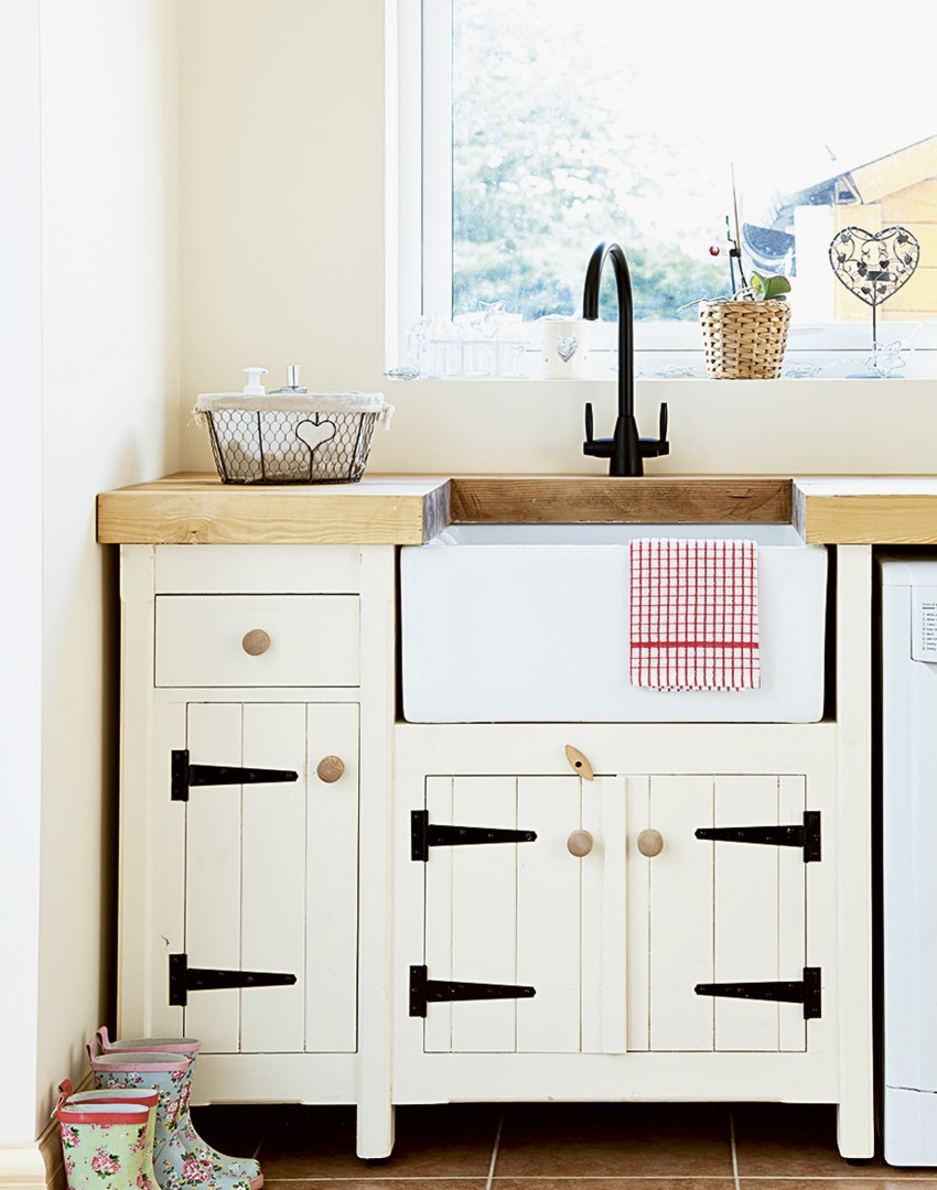 Organise Your Utility Room With These Functional Storage