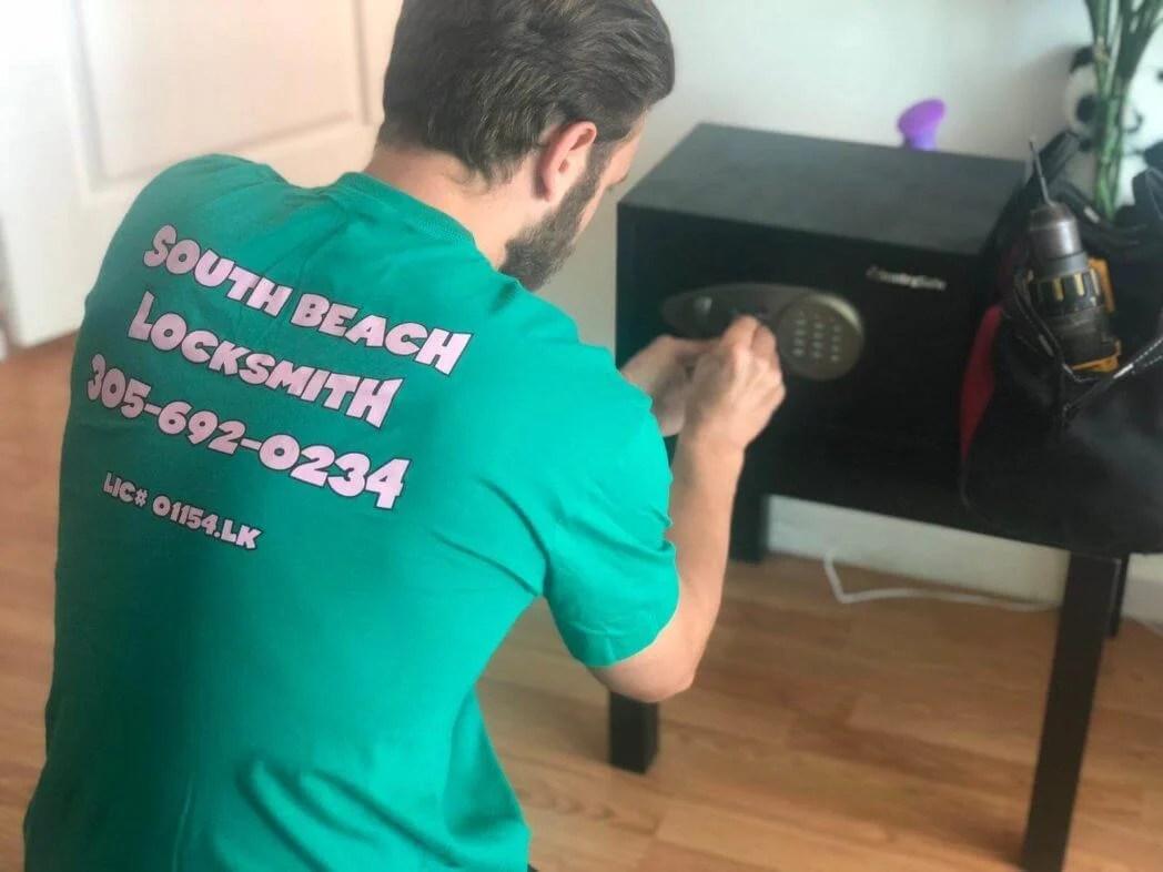 Miami Beach locksmith services - Safes locksmith