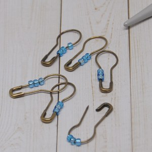 Blue Removable Stitch Markers