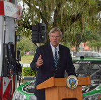 Ag Secretary Tom Vilsack at Citgo Station in Kissimmee, FL. (Picture courtesy of AgWired)