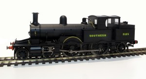 R3422 Adams radial number 3125 in SR wartime black livery