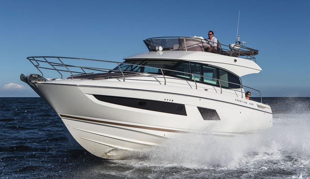 Prestige Will Be Introducing Two New Models On Each End Of The Size Spectrum 420 Is Smallest In Builders Express Line Yachts