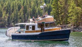 Trawlers and Tugs Roundup - Southern Boating & Yachting