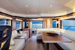 Absolute 50 Fly interior, lounge, salon, teak,