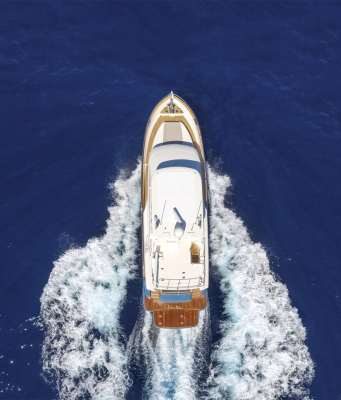 Outer Reef 620 Trident