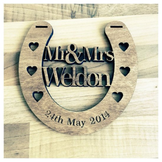 rustic wedding horseshoe