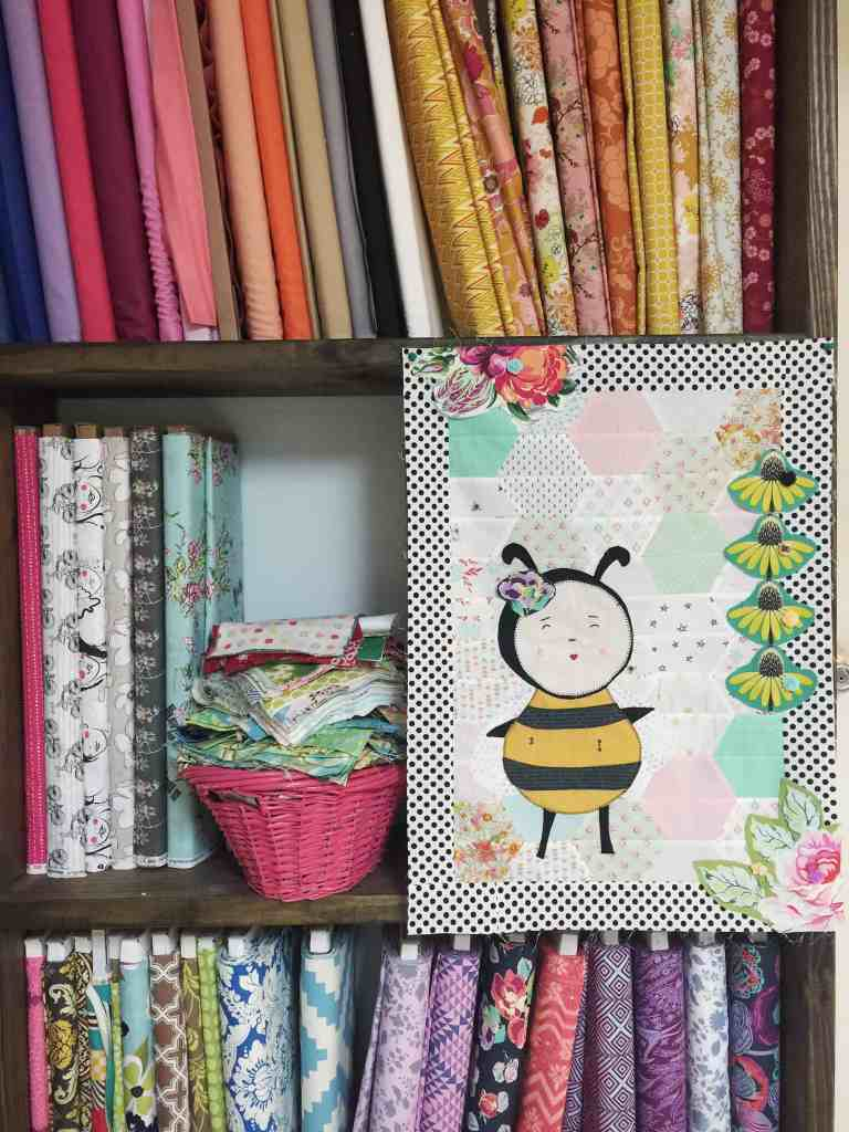 A wandering quilt – mine, the honey bee quilt