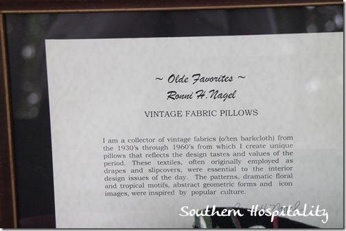 Vintage pillow vendor