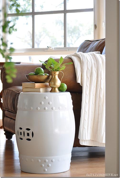 white_ceramic_drum_stool