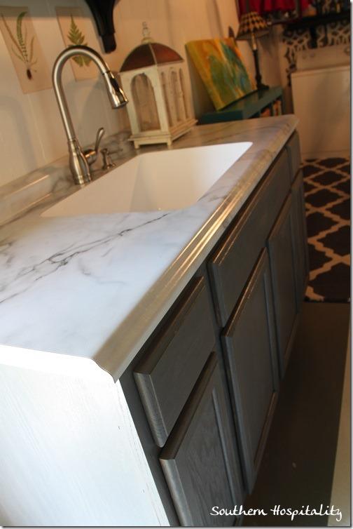 Calcutta Marble edge detail