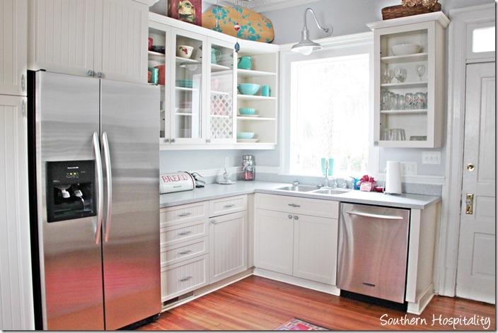 white caps kitchen 2