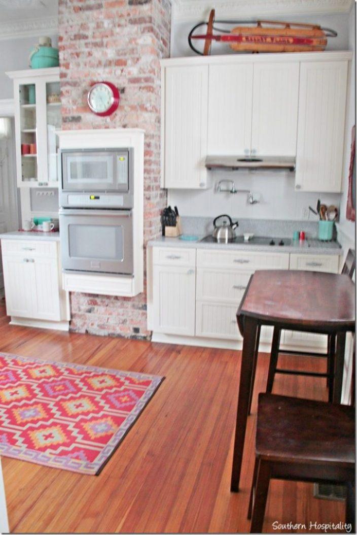 white caps kitchen