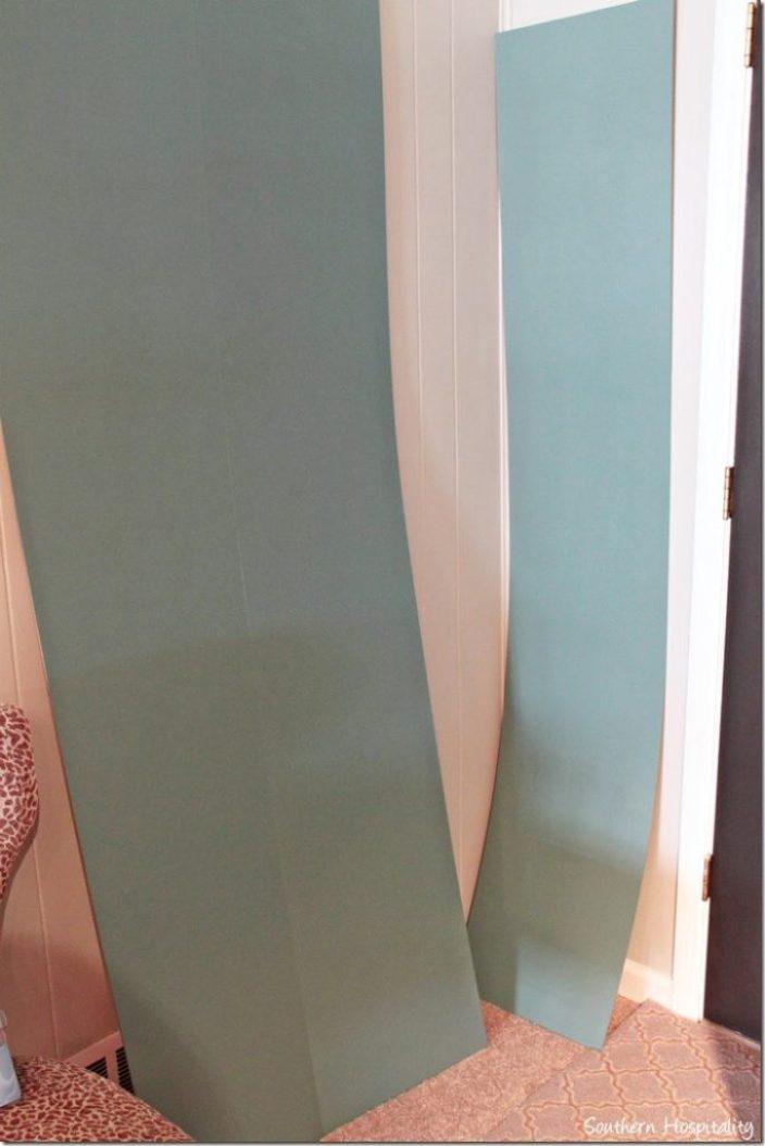 backs painted