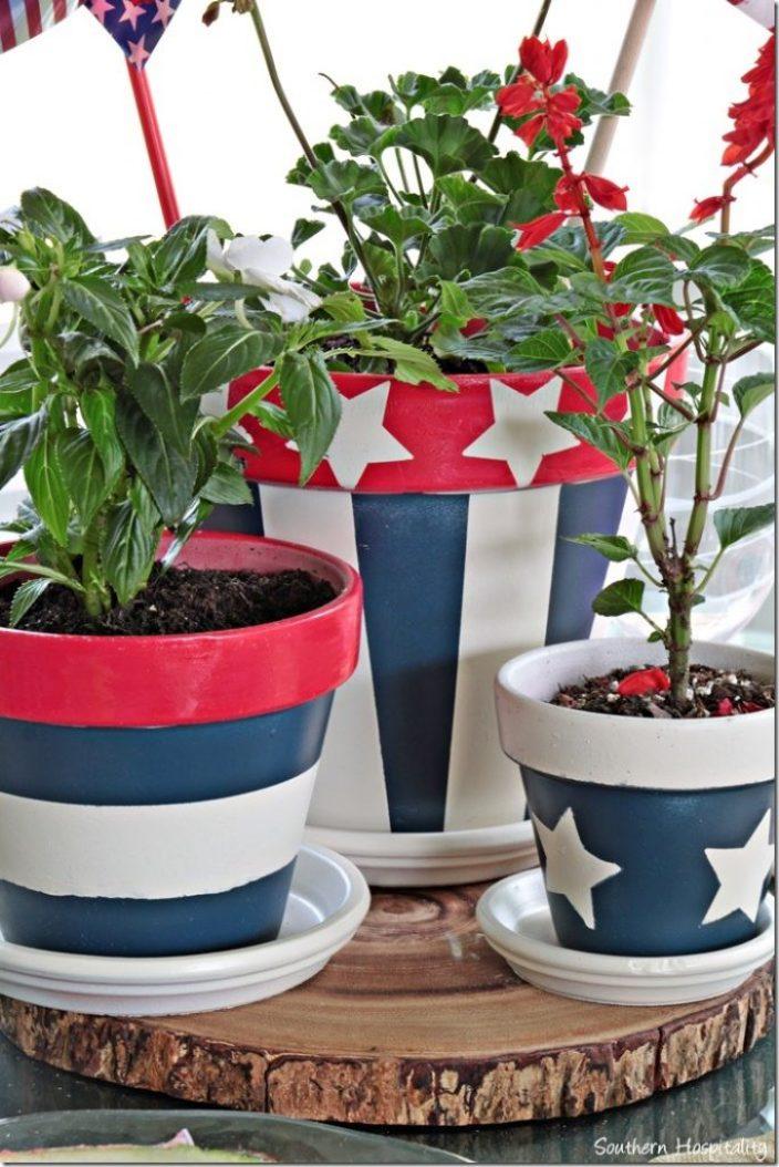 clay pots close up