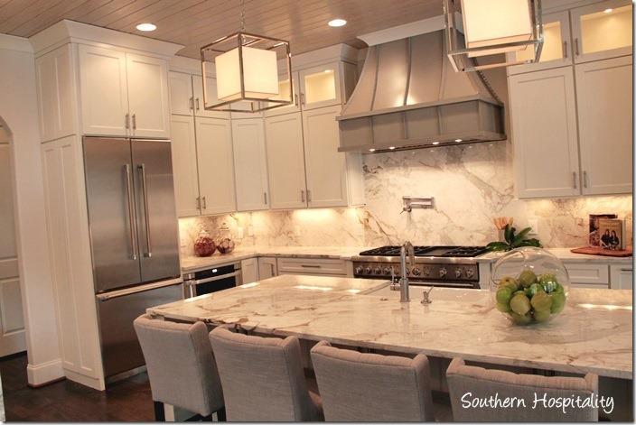 TV kitchen 2