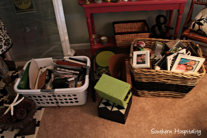 office messy baskets