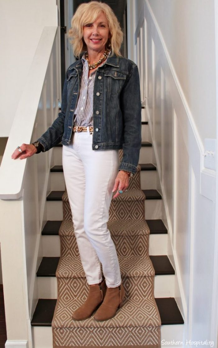 93b2ca56cd17 Fashion Over 50  White Jeans in Fall - Southern Hospitality