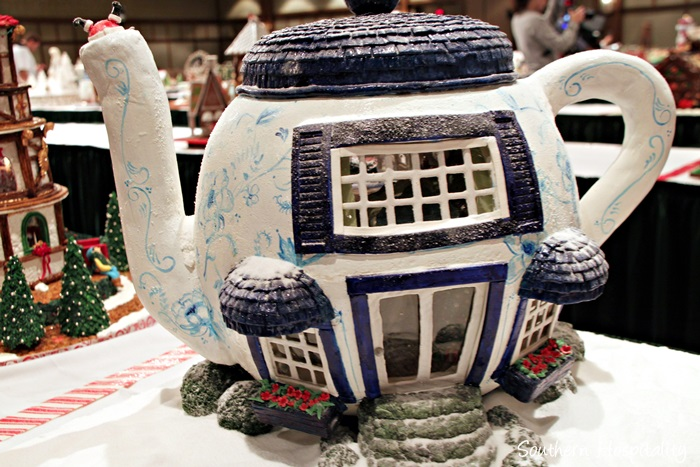 gingerbread house competition033
