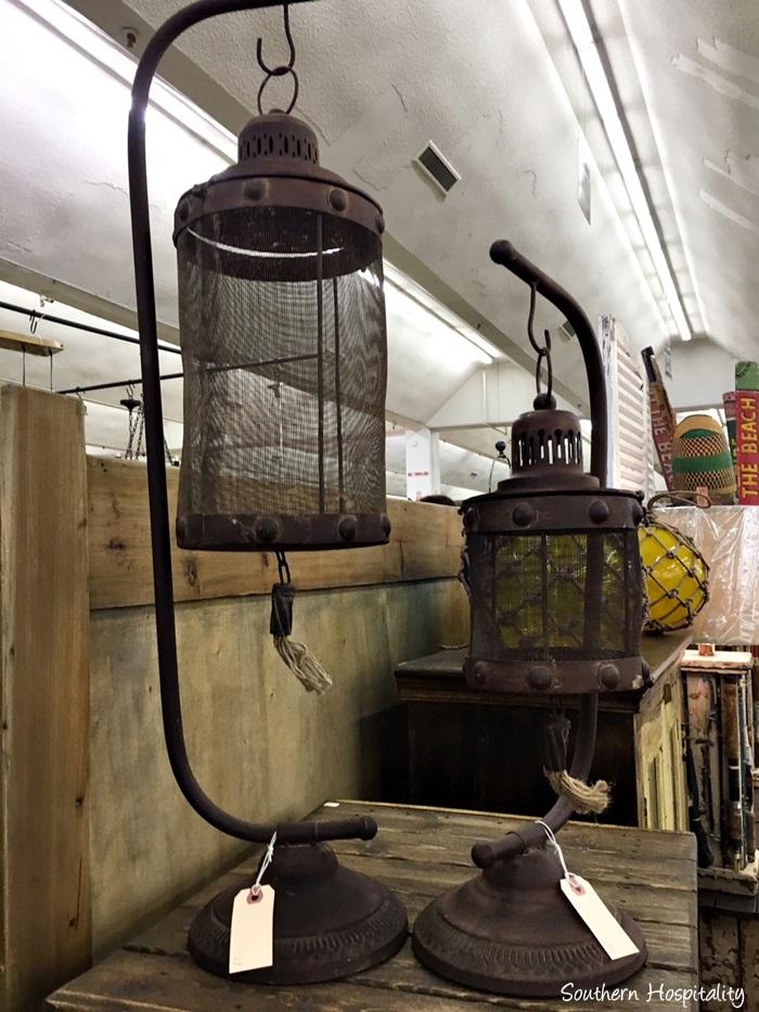 scott antiques market069