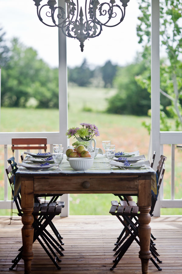 Decorating Tips With Cedar Hill Farmhouse Southern