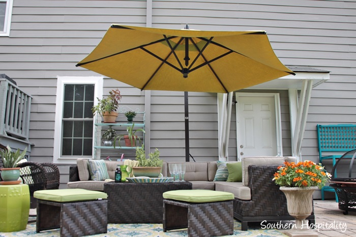 outdoor patio space with umbrella027