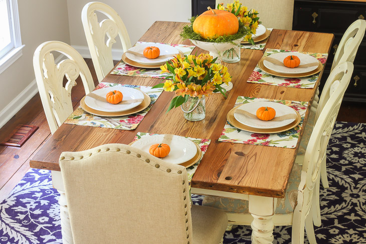 fall-tablescape-orange-pumpkins