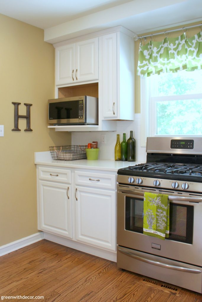 green-with-decor-summer-home-tour-kitchen-8-683x1024