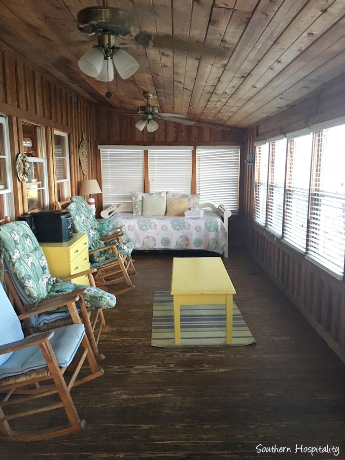 Many Of The Beach Houses Are Older And Not Decorated To Perfection, Just  Comfortable And Casual. Our Place Was Very Dated And Could Stand An  Overhaul In The ...