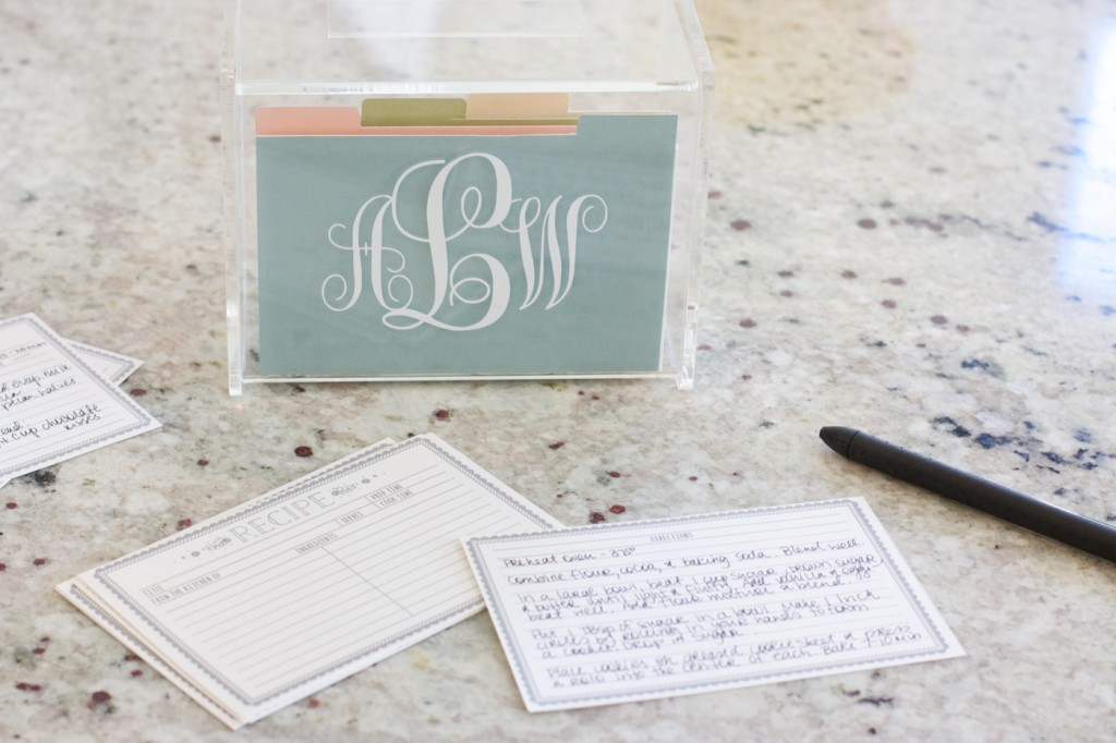Making Memories in the Kitchen | Southern Made Blog - Family recipes are so special and hold a lot of memories for me. Nothing beats southern home cooking and I love that these adorable recipe cards help me keep the traditions going.