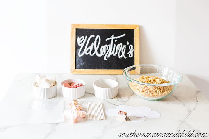 Valentine's-Rice-Krispie-Treats-13