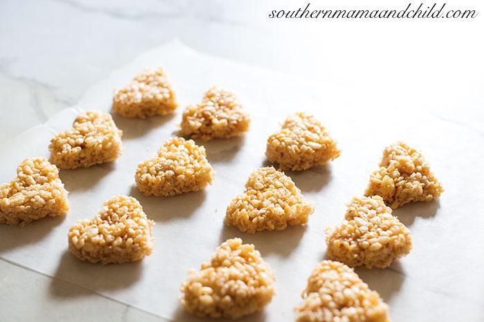 Valentine's-Rice-Krispie-Treats-34
