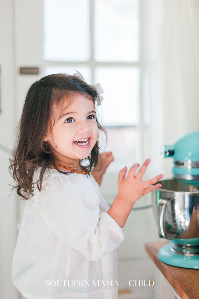 Baking-Christmas-Sugar-Cookies-5