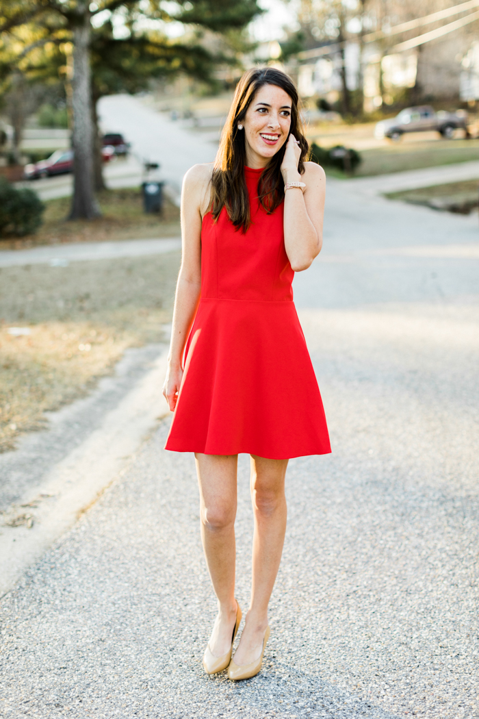 Red Scallop Dress perfect for Valentines Day for the busy mom from Brittany at SouthernMamaGuide.com    Red Dress    Scallop Dress    Valentines Dress    Moms Style    Valentines Day    Valentines Style