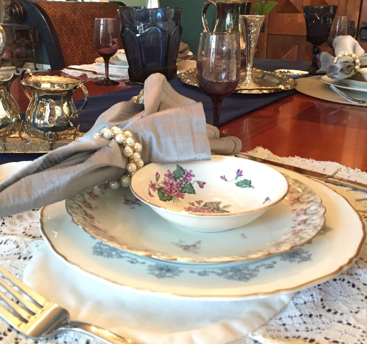 fancy table close up.jpg