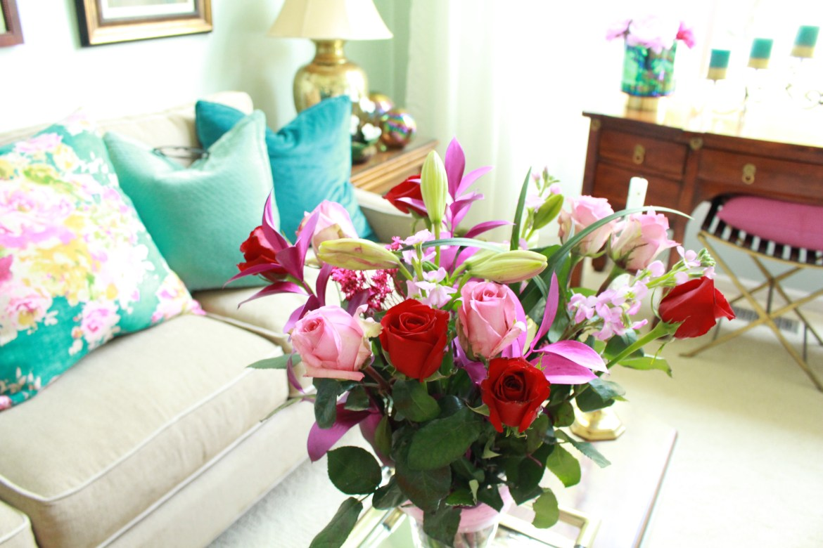 Grocery Store Flowers for Easy Inexpensive Summer Decorating