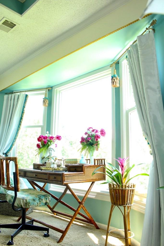 Elegant Bay Window